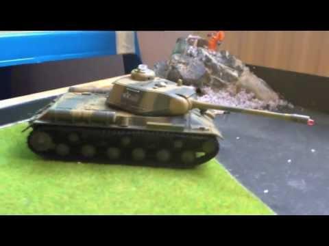 Junior's neues Spielzeug: Jamara Panzer Battle Set
