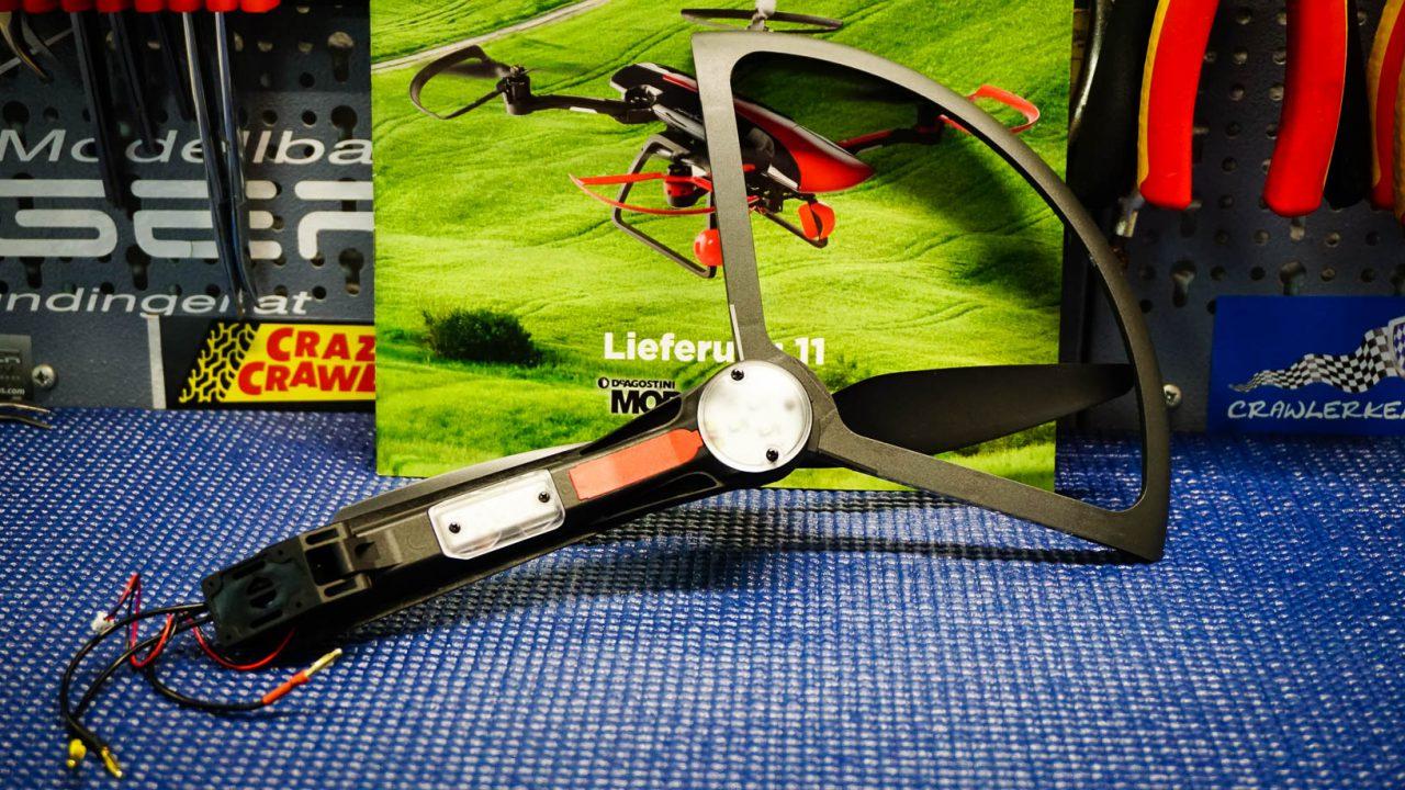 Letzter Motorarm für die Drohne zusammengebaut